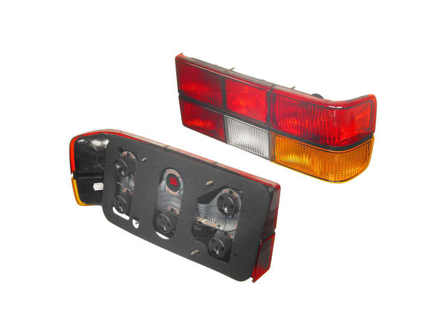 Volvo 240 Tail Light Assembly > Volvo 240 Tail Light Assembly